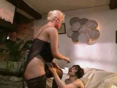 Retro lesbo porn is beautiful to watch