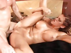 Hottie Eve Lawrence enjoys a coarse cum-hole pounding
