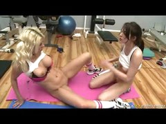 White Honey Jazy Berlin Receives Her Cookie Finger Drilled Until This babe Couldnt Help It