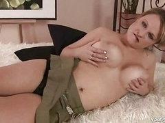 Breasty golden-haired masturbating